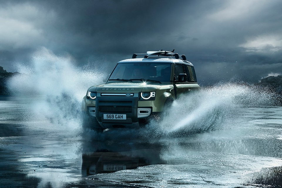 Land Rover Offers Official First Look at Defender 2020