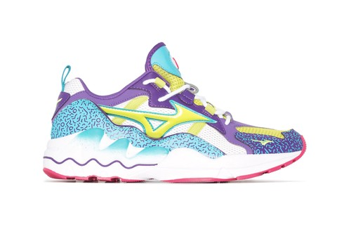 Mizuno's Low Top Wave Rider Is a Colorful Throwback to '90s Runners