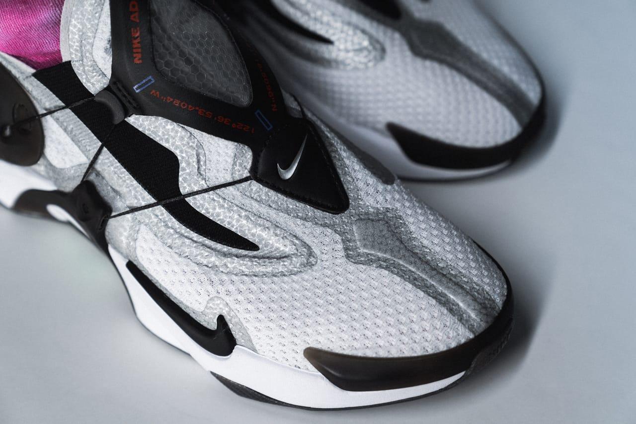Nike Adapt Lacing Huarache On,Feet, Closer Look
