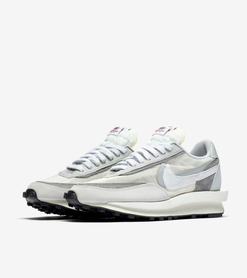 sacai x Nike LDWaffle Release