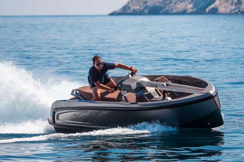 Vanquish Yachts Vanqraft VQ16 Boat Jet Ski Release speedboat luxury 200 horsepower