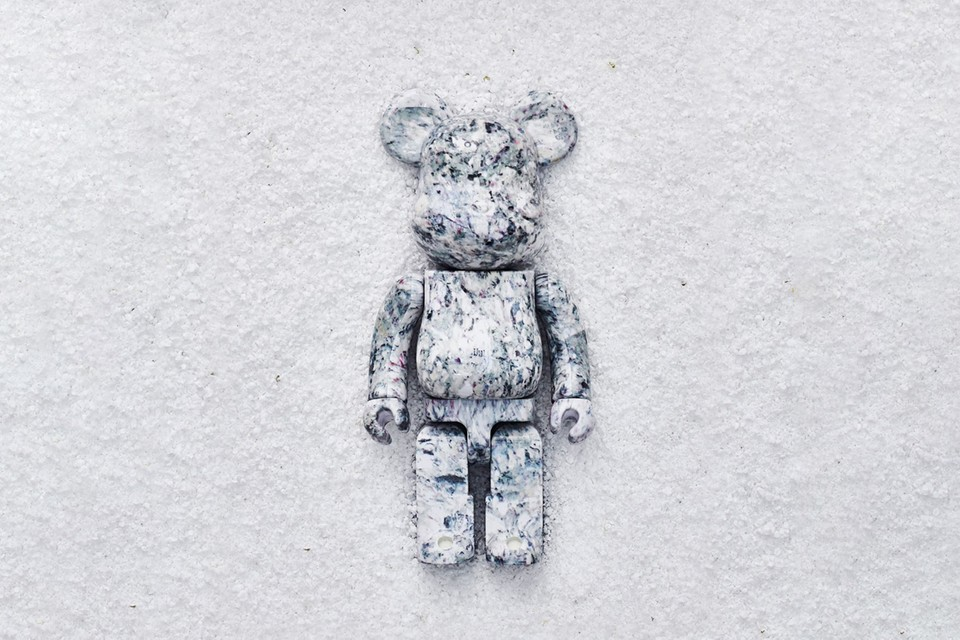 OSBBAT Gives Medicom Toy's BE@RBRICK 100% & 400% a Waste Paper Makeover
