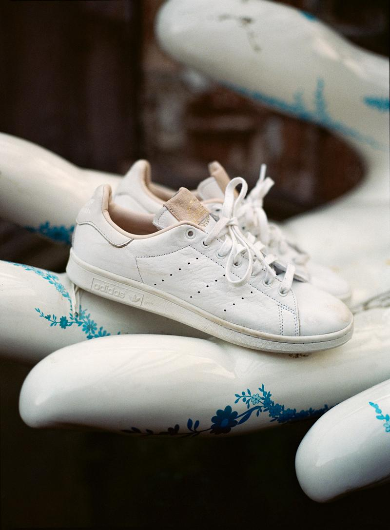 adidas Originals Home of Classics Sneaker Supercourt Stan Smith Superstar 80s Continental 80s White Tan Beige