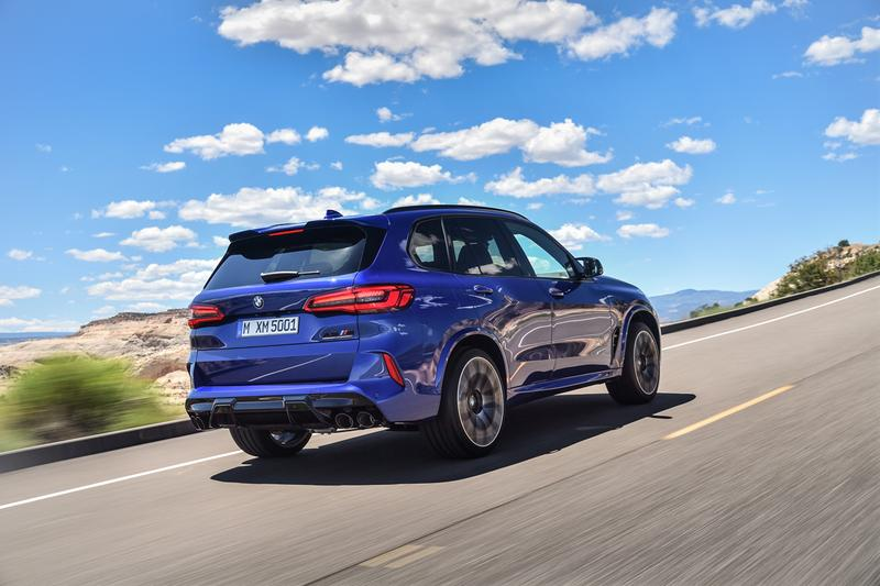 BMW X5 M & X6 M Competition Black Blue SUV cars german engineering track four wheel drive