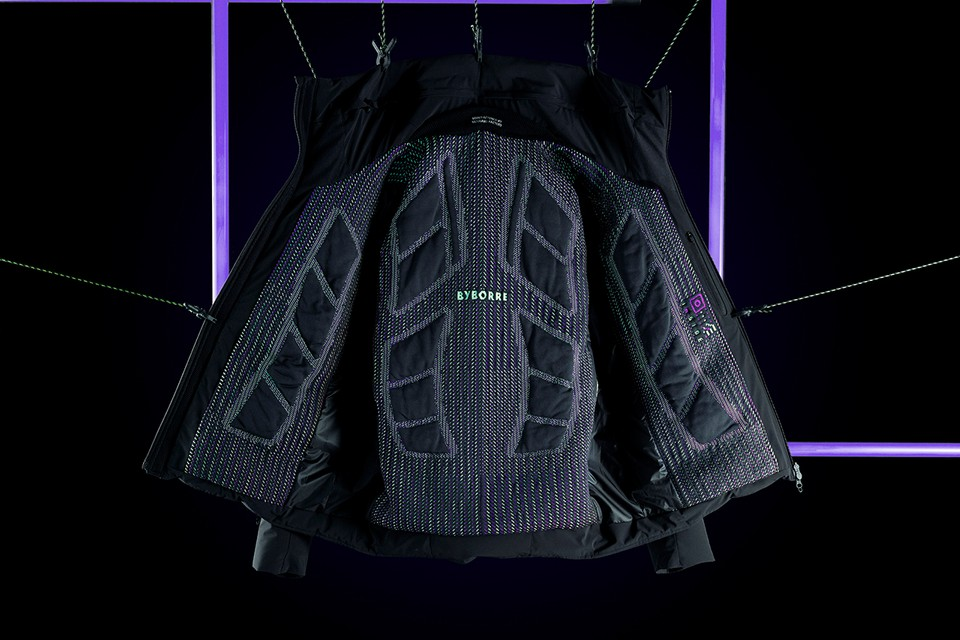 BYBORRE Introduces On-Pattern 3D Knit to DESCENTE ALLTERRAIN's Mizusawa Down Jacket