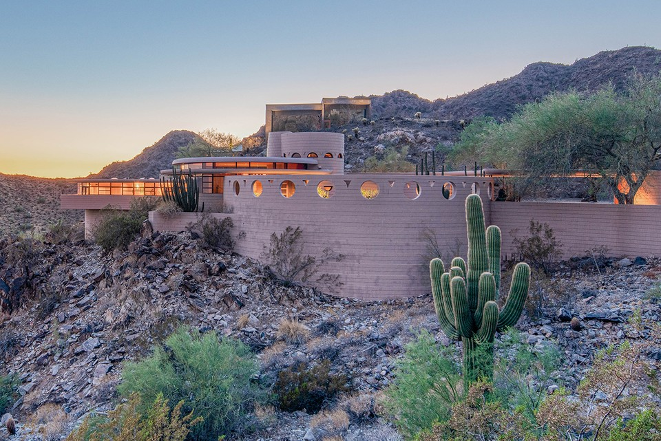 Frank Lloyd Wright's Final Home Currently Up for Auction