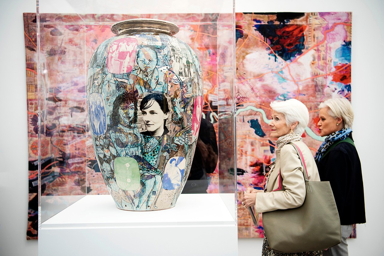 frieze london 2019 highlights best things to see five top arcadia missa wolfgang tillmans jeff koons yayoi kusama sterling ruby joyce pensato gagosian white cube damien hirst tickets look inside david zwirner