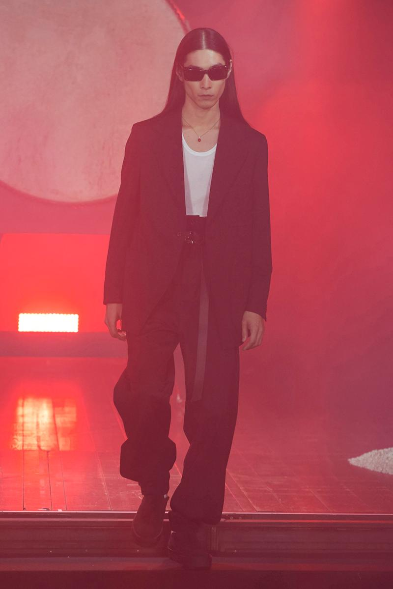 KOZABURO Spring/Summer 2020 Collection Runway collection land setting sun landlord rakuten fashion week tokyo presentation ss20 akasuka