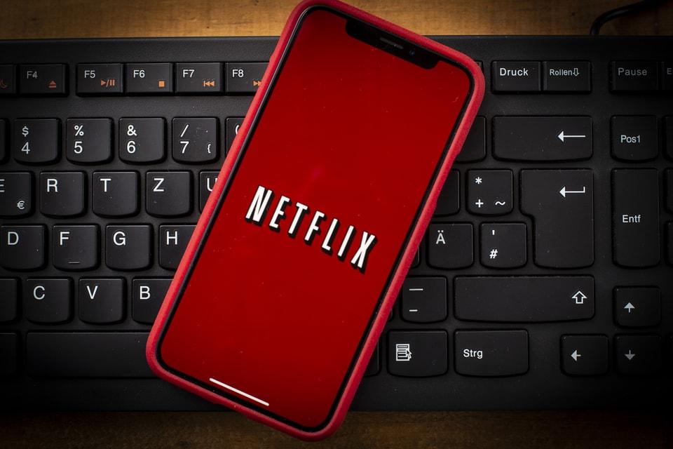 Netflix Threatens to Crack Down on Password Sharing