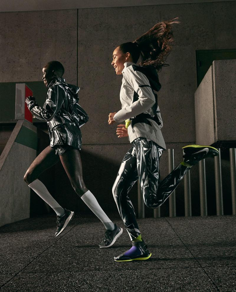 Nike Running Holiday Collection 2019 Lookbook wintertime runners shield Nike Zoom Pegasus turbo sneakers