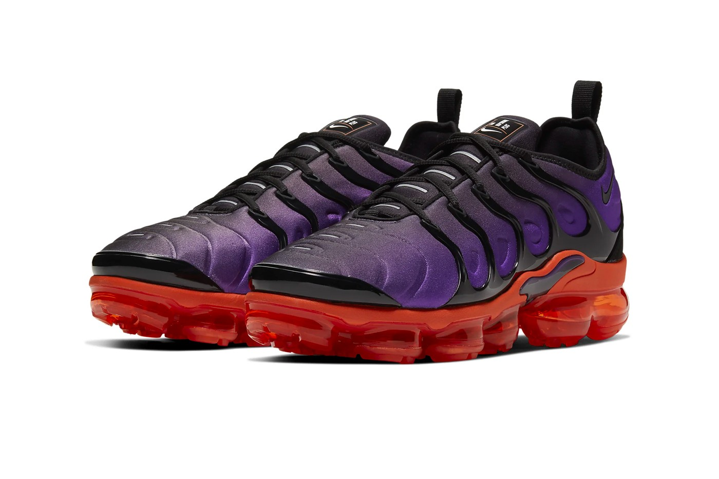 purple and black nike vapormax