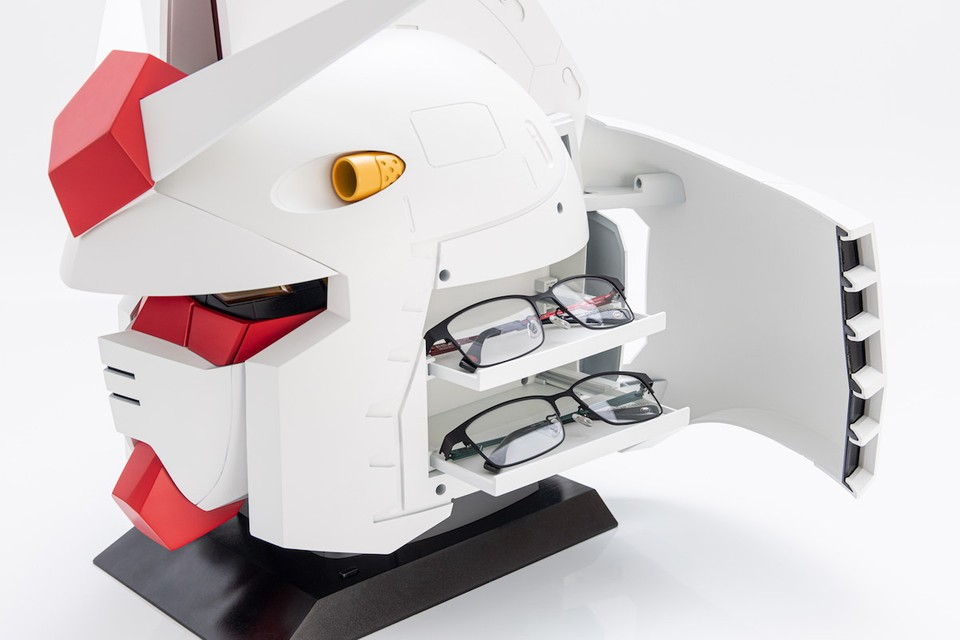 OWNDAYS Unveils a RX-78-2 Head Glasses Case for the 40th-Anniversary of 'Mobile Suit Gundam'