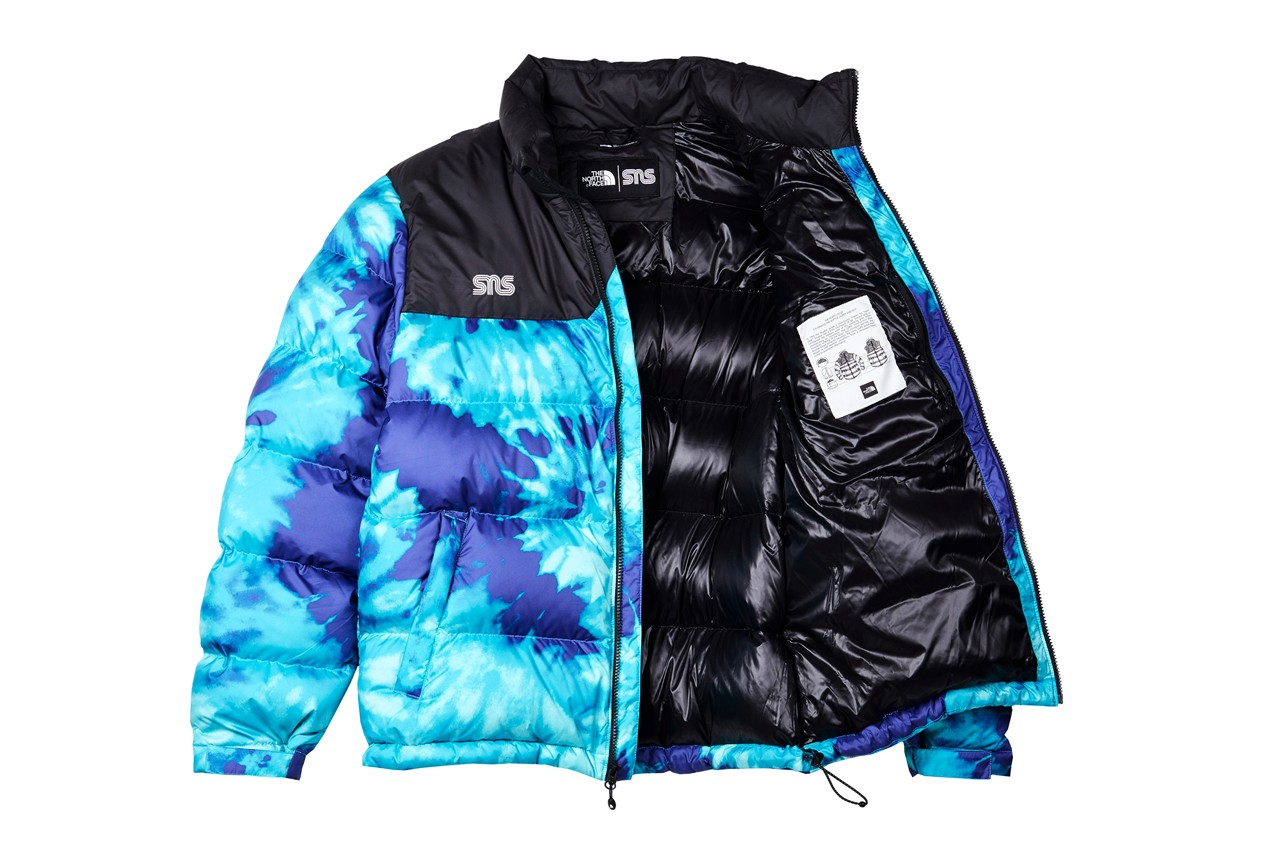 スニーカーズアンスタッフ × ノースフェイスのコラボコレクションが登場 sneakersnstuff the north face 20th anniversary capsule collection tie dye black purple blue puffer nuptse jacket berkley boot denali fleece sweatpants hat sns