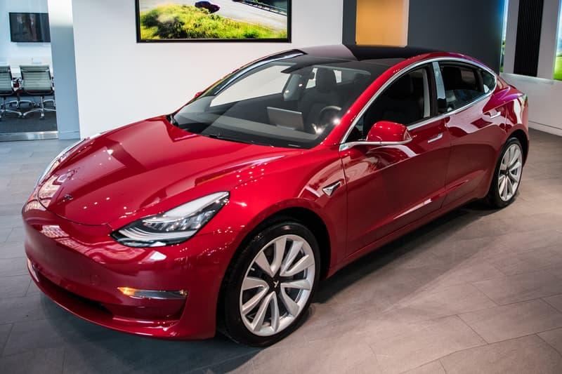 NHTSA Investigates Tesla Smart Summon Feature elon musk self driving car autopilot parking