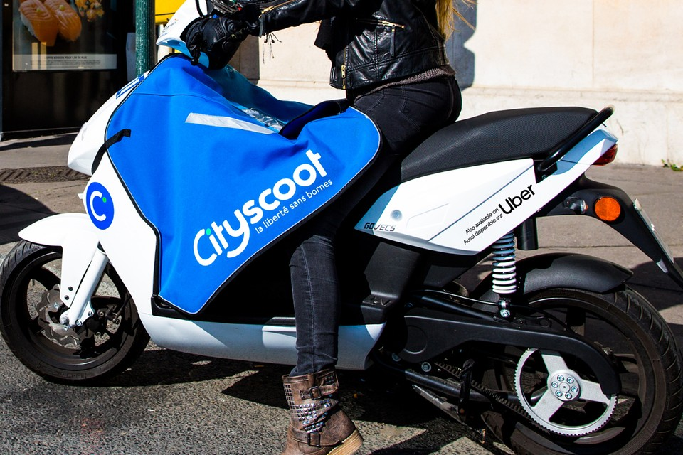 Uber and Cityscoot Are Partnering to Offer Electric Mopeds Rides Through Paris App