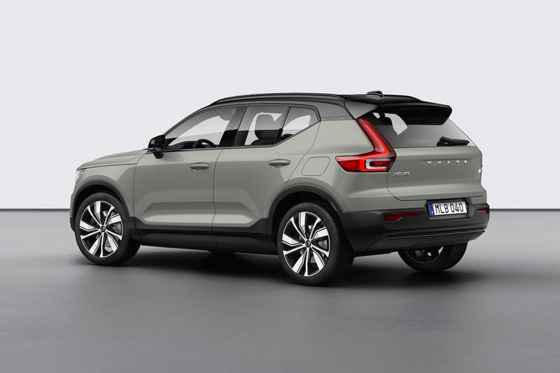 Volvo Fully Electric XC40 Recharge Debut crossover powertrain 408 horsepower 304 kilowatts range mileage fast charging