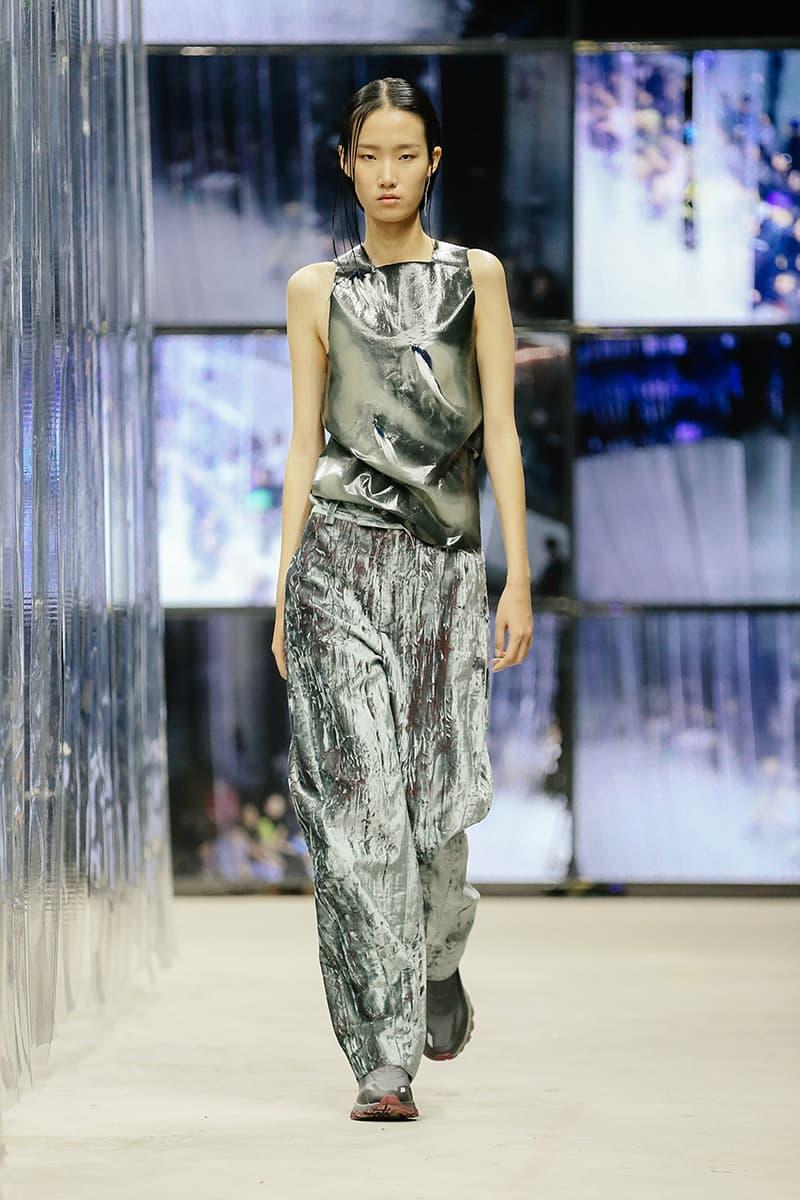 XIMONLEE Spring Summer 2020 Collection Shanghai Fashion Week Runway Presentation Reebok DMX Trail Hydrex