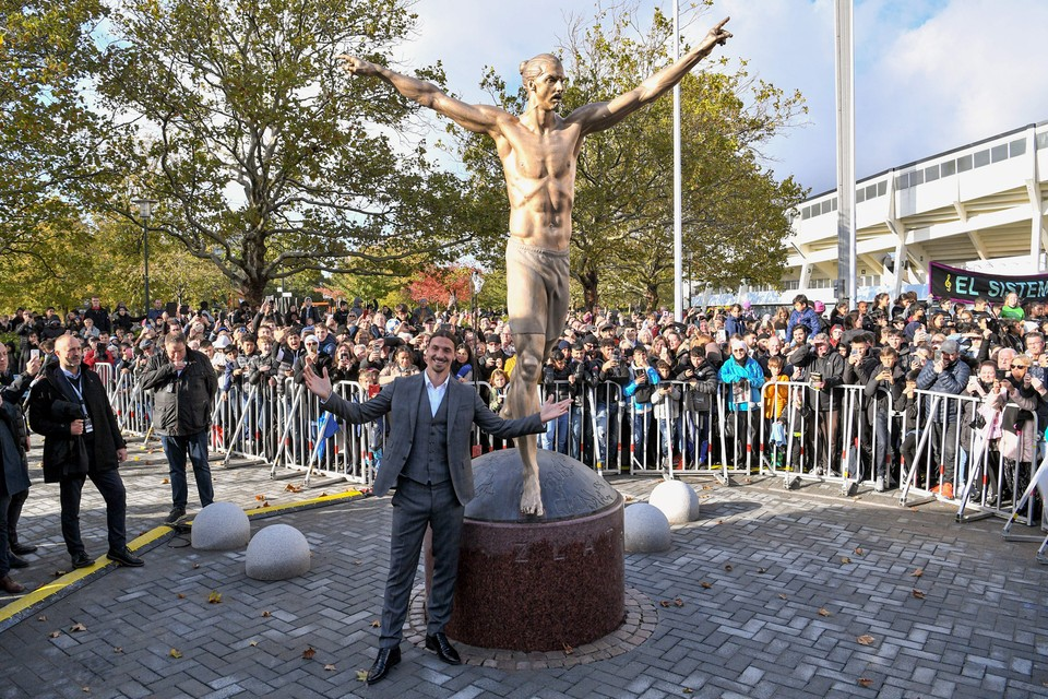 Zlatan Ibrahimovic Immortalised With Shirtless Statue in Sweden