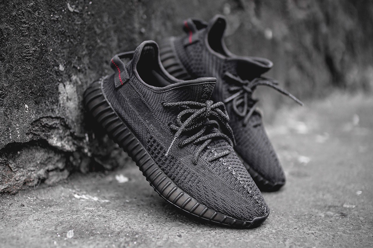 ADIDAS YEEZY 350 V2 CORE BLACK  sneakers76com