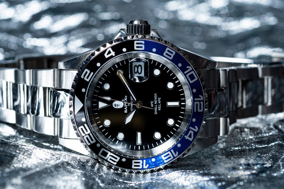 "BAPEX Rolls Out TYPE 2 Watch in ""Blue/Black"""