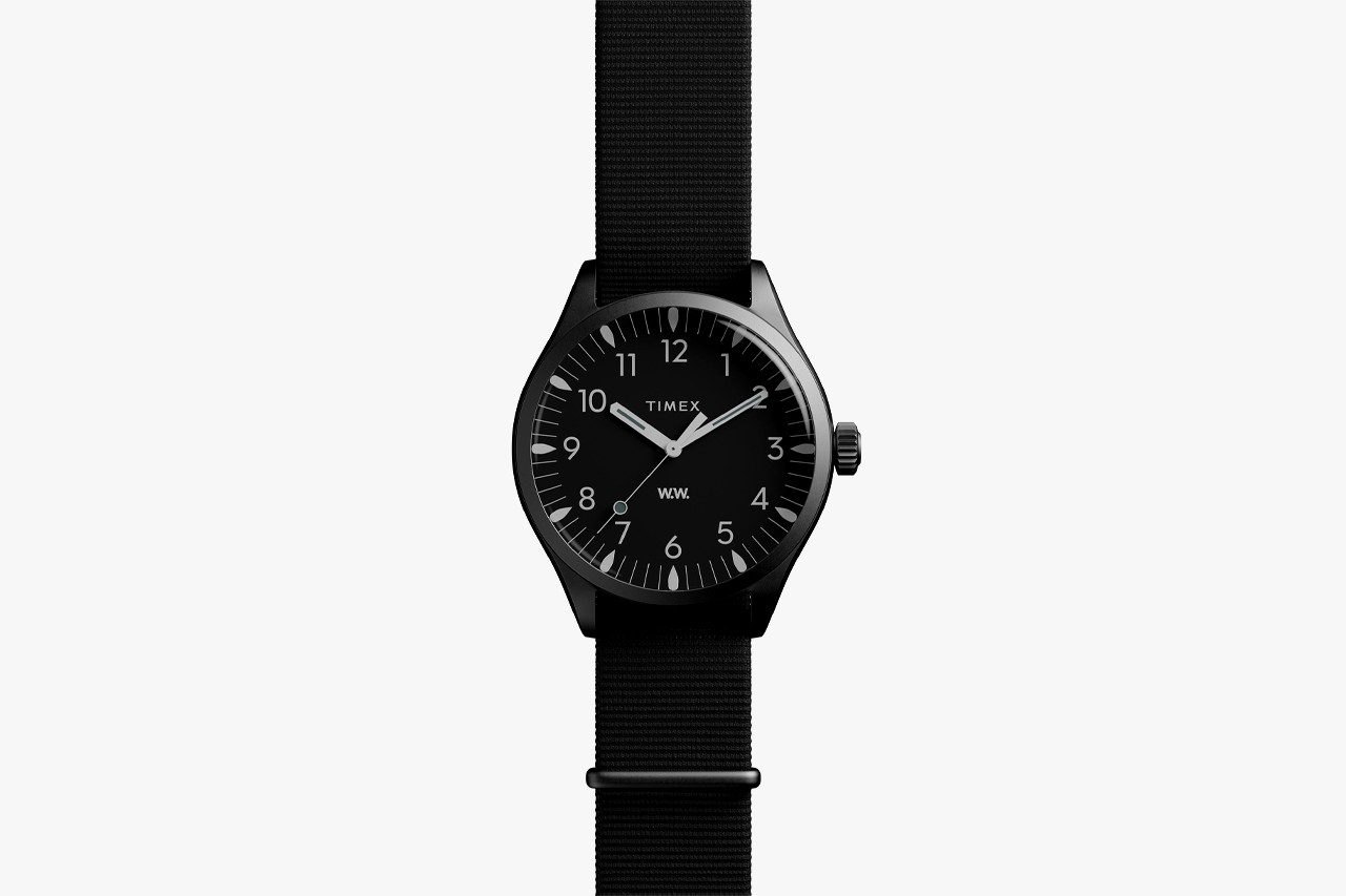 Best Watches For Men Under $650 USD List Roundup Christmas Gift Guide Presents Timepieces Digital Analogue Supreme x Timex Shinola Canfield The Good Company MK1 Wood Wood Waterbury Larsson & Jennings Uniform Wares Unisex Seiko Sports 5 Smartwatch Apple Watch Casio G-SHOCK
