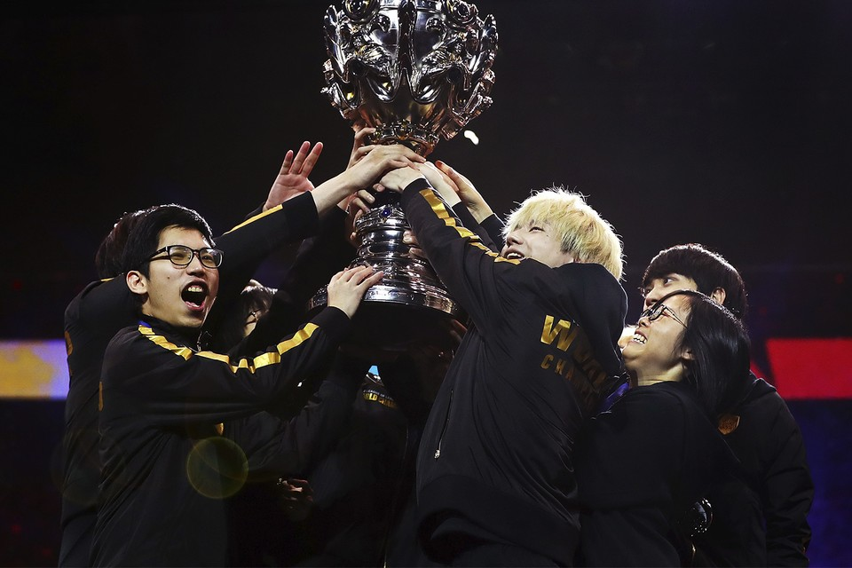 Funplus Phoenix 2019 League Of Legends World Champions Hypebeast