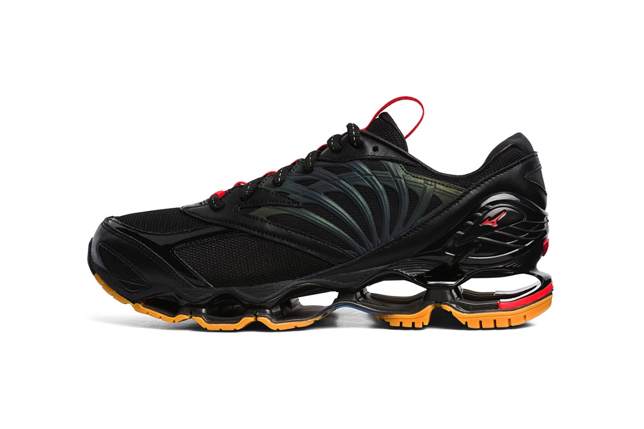 FUTUR x Mizuno Wave Prophecy, Apparel Collaboration collection release date info november 16 2019 fw19 sneaker