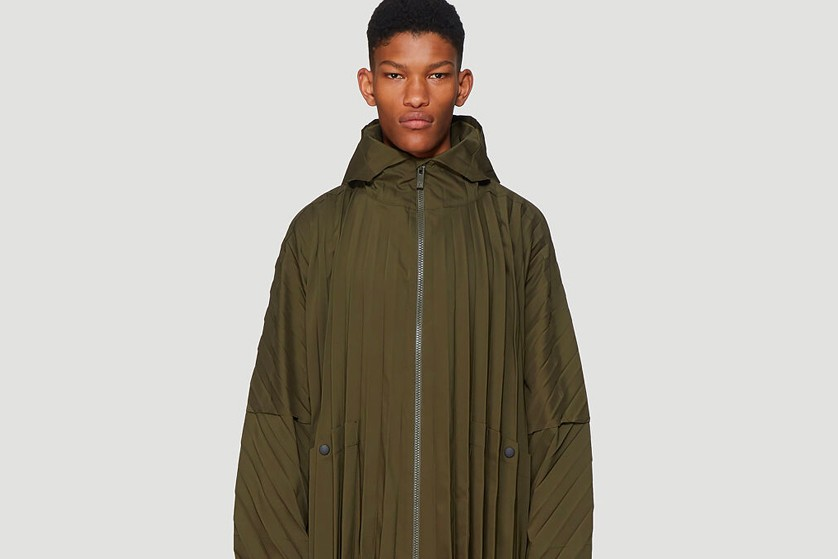 HOMME PLISSÉ ISSEY MIYAKE Drops Baggy Olive Pleated Coat