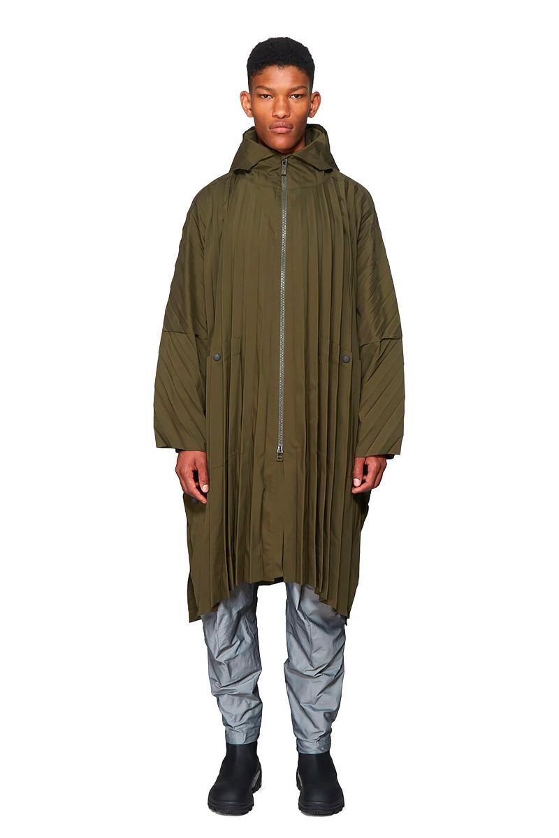 HOMME PLISSE ISSEY MIYAKE Olive Pleated Coat hood outerwear jackets japanese polyester water resistant designer fall winter 2019 parka pleats functional