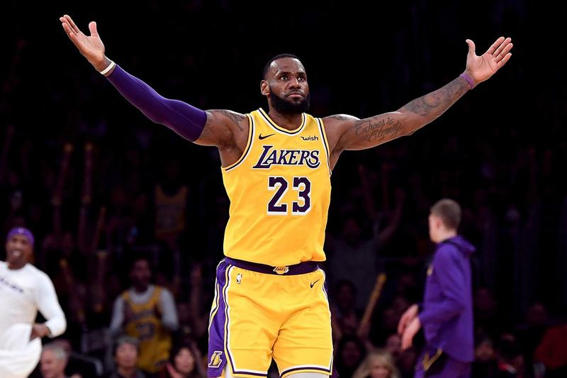 LeBron James Holds Lakers Longest Triple-Double Streak Since 1987 los angeles lakers magic johnson
