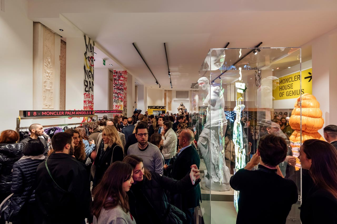 moncler genius vanessa beecroft milan galleria vittoria emmanuelle Galleria Vittorio Emanuele kanye west francesco ragazzi