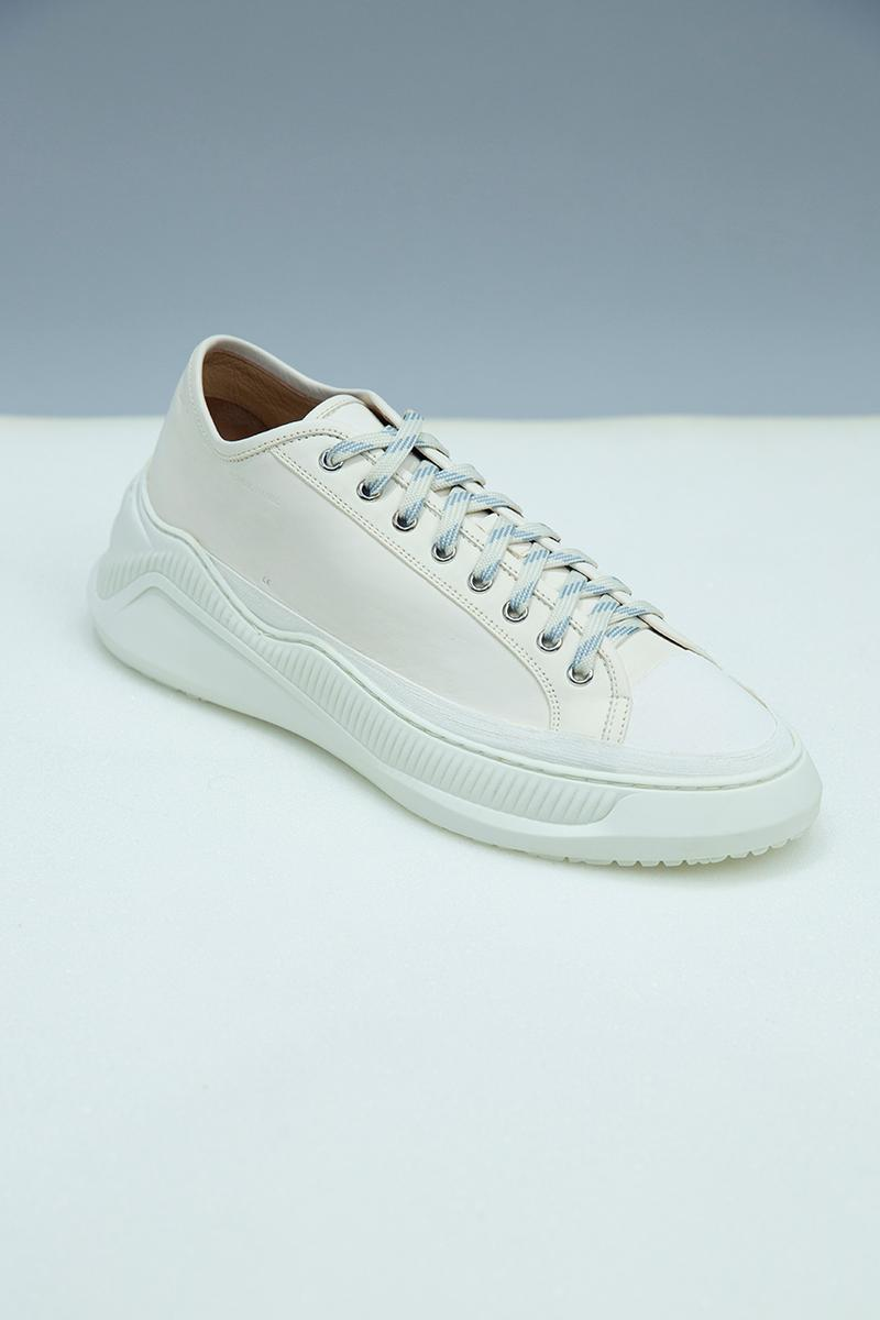 "OAMC Free Solo Sneakers FW19 Release Information First Look Custom Made First Look Clean Sneaker Footwear Drop Cop Made in Italy Premium Leather Rubber ""Off White"" ""Black"" ""Ivy"" Colorways"