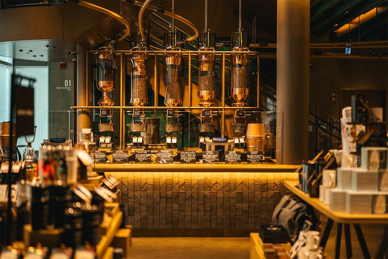 world largest starbucks reserve roastery coffee chicago cafe shop specialty coffee