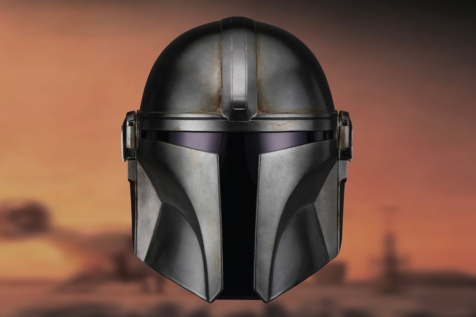 ANOVOS Crafts a Wearable Mandalorian Helmet