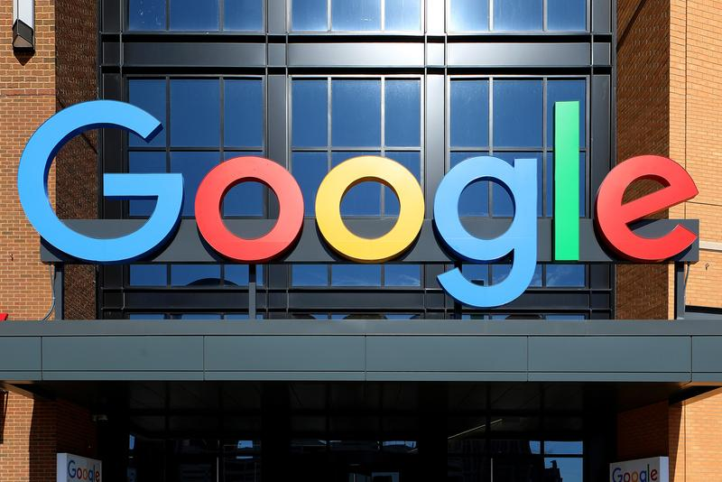 Rap Genius Sues file lawsuit Google Lifted Lyrics stolen lyricfind canadian fifty million usd search engine platform complaint accuser defendant Chief Executive Darryl Ballantyne