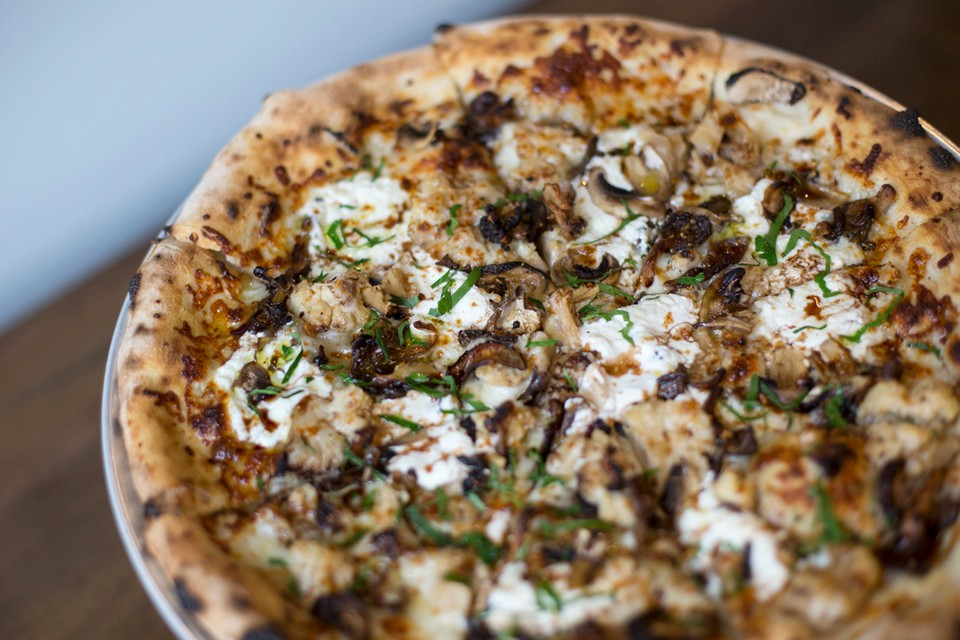 """Cauliflower Pizza Tops Most Ordered Items for Grubhub's 2019 """"Year in Food"""" Report"""