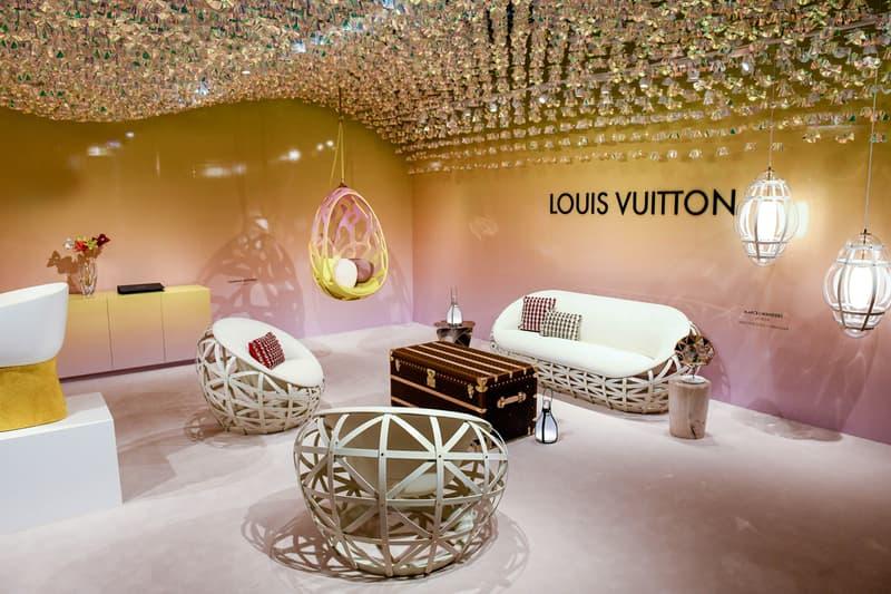 Risultati immagini per Louis Vuitton presenta il nuovo designer americano Andrew Kudless e la sua Swell Wave Shelf per la collezione Objets Nomades a Design Miami 2019 FOTO