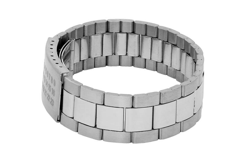 Maison Margiela Silver Oyster Watch Strap Bracelet steel accessories lifestyle flip clasp number 11 eleven john galliano design martin link spring bar logo micro adjustable belt fastened
