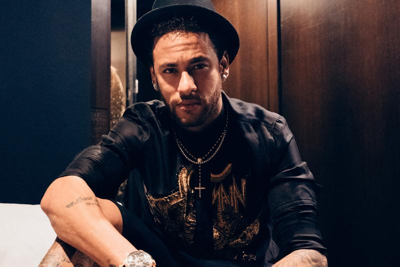 Neymar Jr. Teases All-Gold Signature Nike Shox silhouette football soccer swoosh collaborations psg paris saint germain jordan brand Nike Shox TL R4