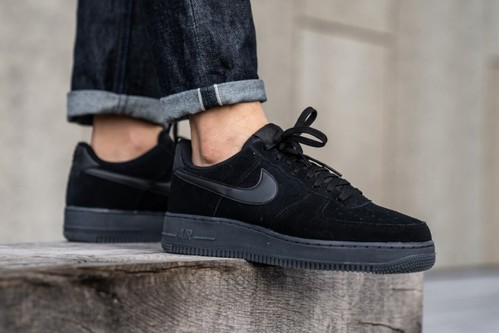 """Nike's Air Force 1 '07 LV8 3 Receives Lush Suede """"Black/Anthracite"""" Update"""