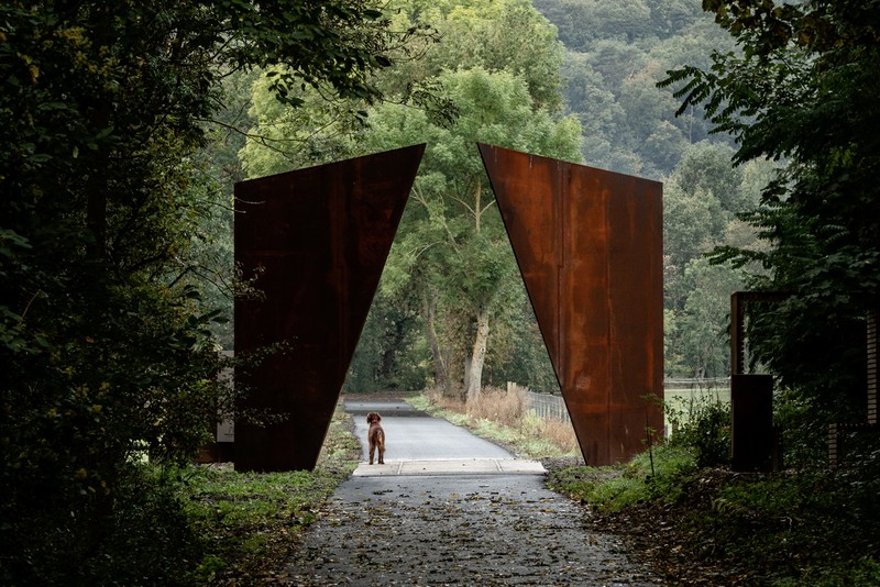 Reiulf Ramstad Arkitekter Installs Large-Scale Sculptures Along Old Railway Route in France
