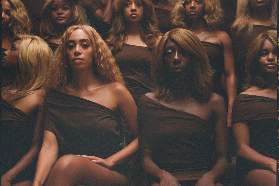 Solange Releases Extended Cut of 'When I Get Home' Performance Art Film