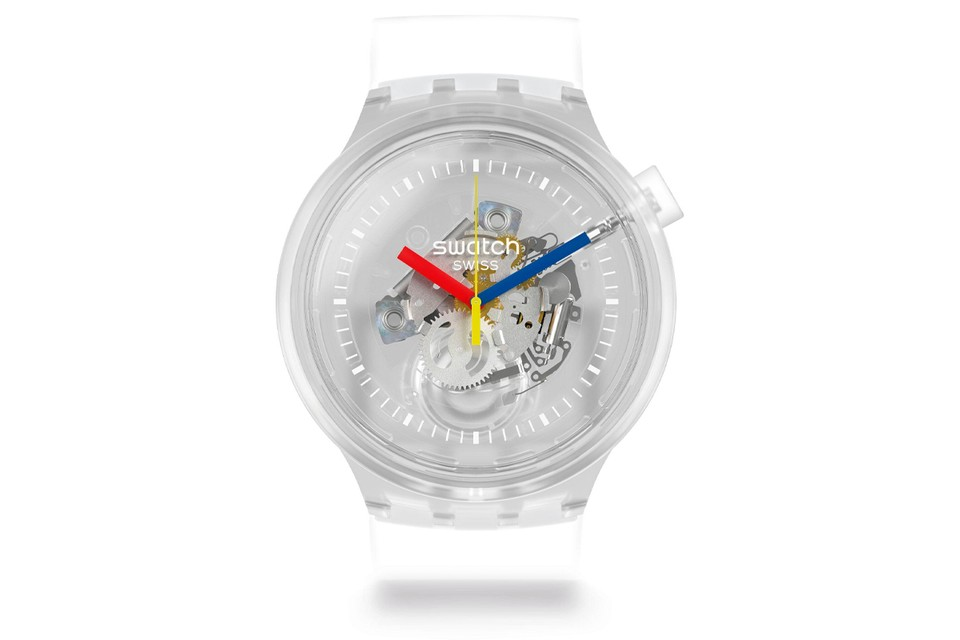 Swatch Reissues Its Jellyfish Timepiece in 'Big Bold' Size