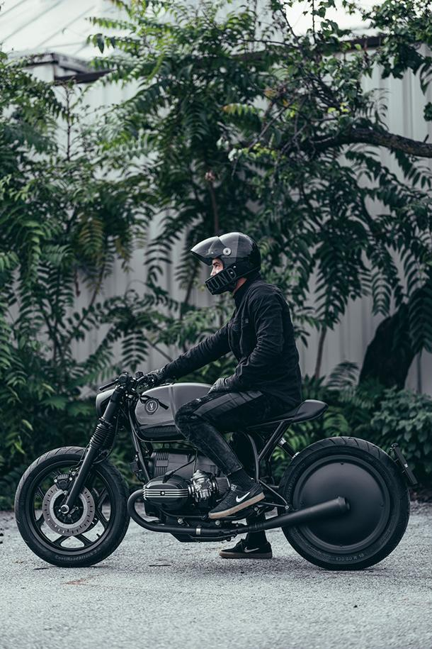 "VAGABUND ""V12"" BMW R100RT Motorcycle Info VAGABUND Moto custom cafe racer bikes boxer engine speed style fabrication BMW"