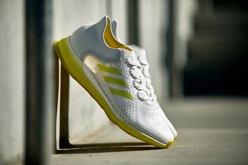 adidas FOCUSBREATHEIN Sneaker Balances Mind and Matter