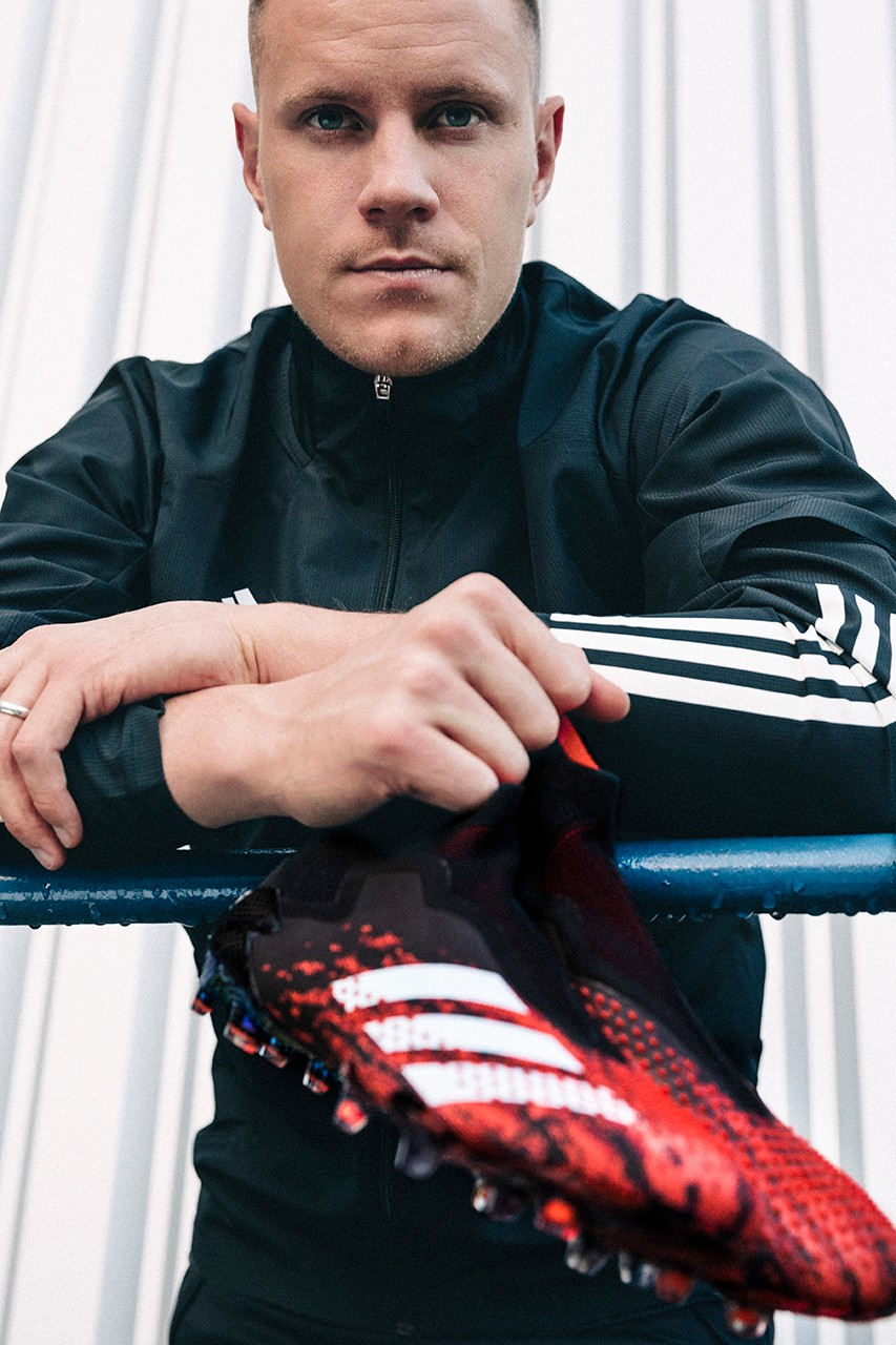 adidas Predator 18 Fingersave Goalkeeper Gloves Kids real.