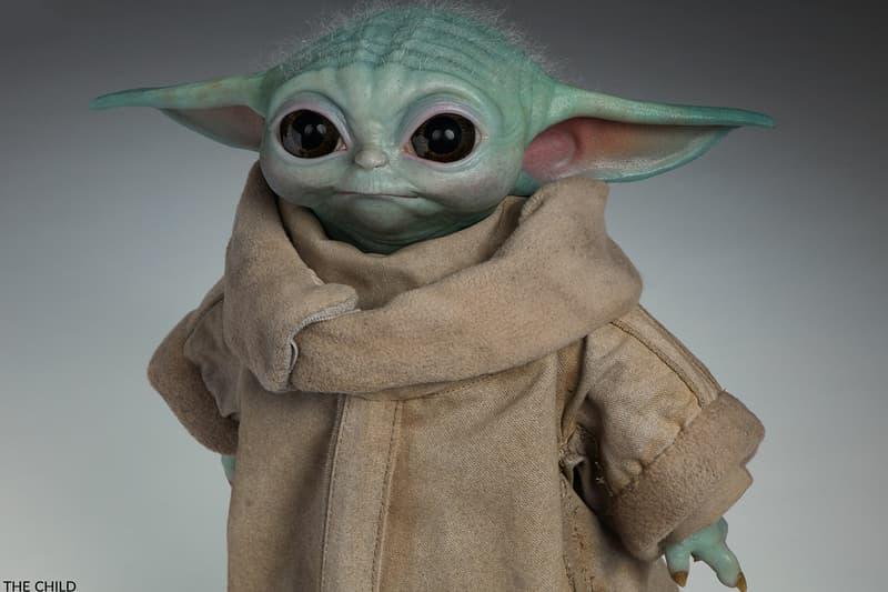 Baby Yoda Official Life-Size Figure The Mandalorian
