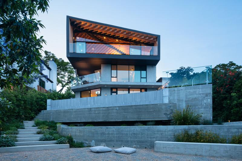 Clive Wilkinson Architects Self-Designed Los Angeles Home Wood Black Zinc Concrete Stilts Douglas Fir Spaceship