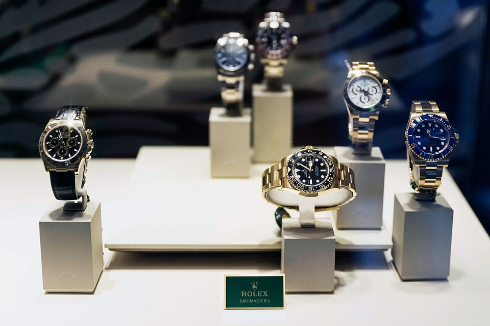eBay's 2020 Luxury Watch Report Crowns Rolex as Best-Selling Brand