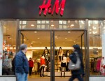 "H&M to Begin Selling Clothes Made From Sustainable ""Circulose"" Fabric"